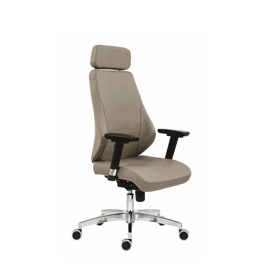 Uredska menadžerska stolica nella